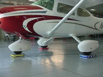 small aircraft scales, cessna aircraft scales, aircraft scales, airplane scales, weighing a cessna
