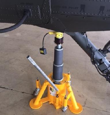 Sikorsky H60 scale, H60 helicopter scales, H60 scales, weighing an H60 helicopter, weighing service for H60 helicopters, weighing equipment for the H60 helicopter, H60 helicopter weighing